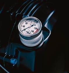 Miernik temperatury oleju