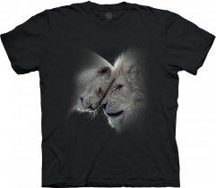 Lions Love Black - The Mountain Base