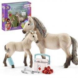 Islandzki koń i apteczka Figurka Schleich 42430
