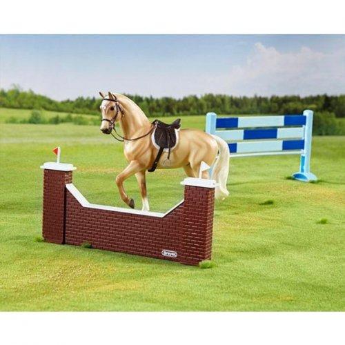 Zestaw koń + przeszkody do skoków BREYER