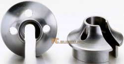 Aluminiowe kielichy mocowania amortyzatorów.