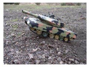 Czołg zdalnie sterowany Leopard II A5 1:24