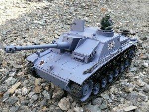 Czołg działo Sturmgeschutz III R/C 1:16 Green - V.3