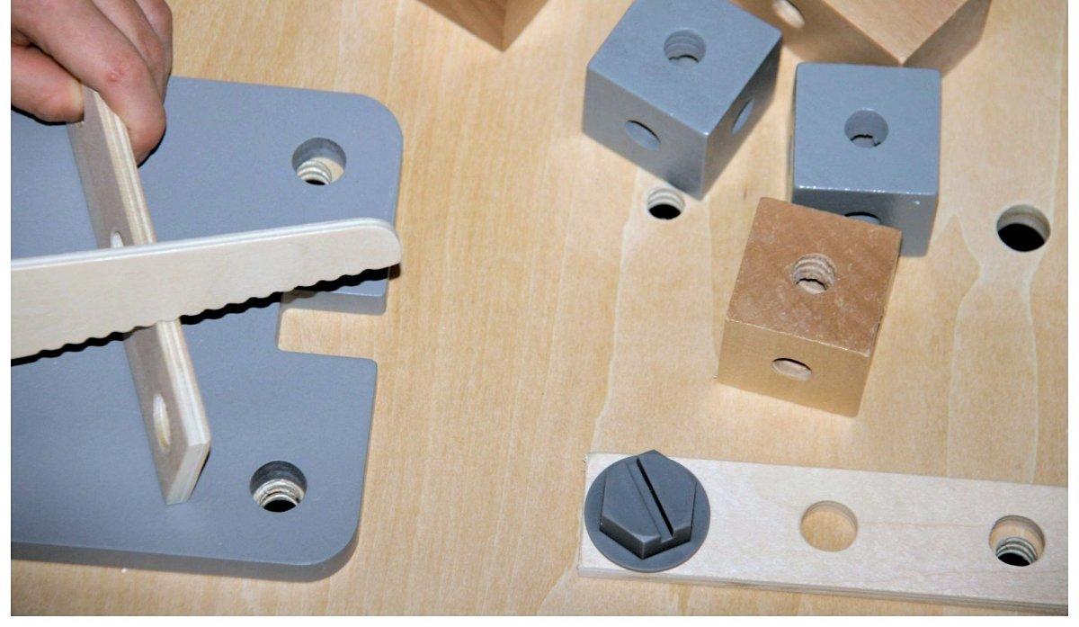 Drewniany warsztat XXL dla dzieci z akcesoriami, kredową tablicą - 48 elementów