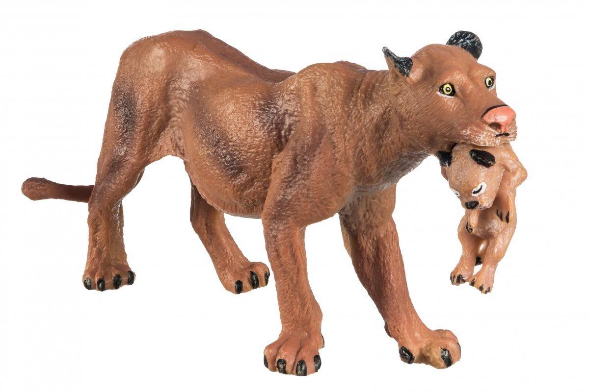 Lwica Z Młodym