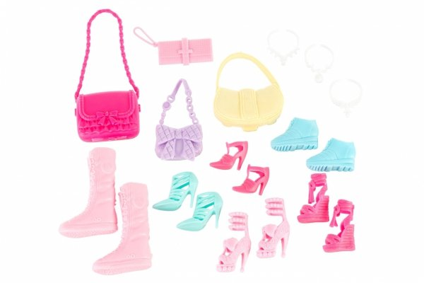 Lalka Anlily - Kolekcja butów - brunetka