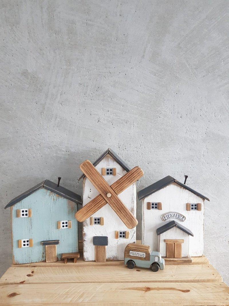 Drewniane autko pieczywo