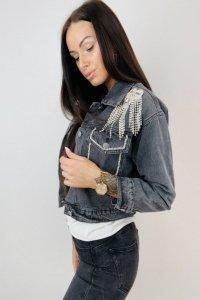 dżinsowa kurtka z biżuteryjną ozdobą na ramionach M76091_1