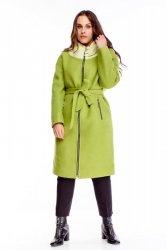 wełniany płaszcz z wiązaniem w pasie