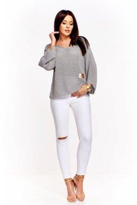 Sweter o drobnym splocie