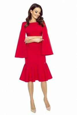 Koktajlowa sukienka z rozcinanymi rękawami