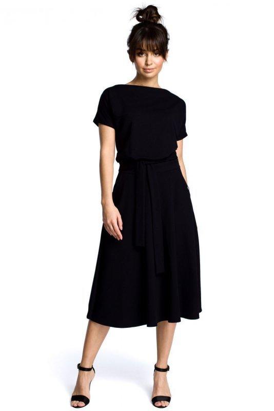 B067 Sukienka czarna