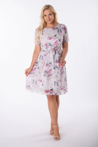 rozkloszowana sukienka z printem