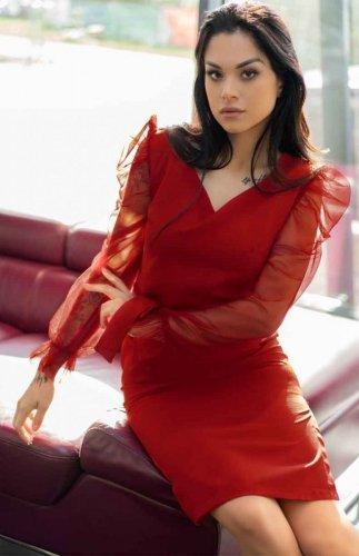 Sukienka czerwona z tiulowymi rękawami Ereve