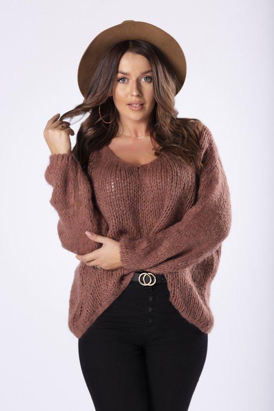 oversize'owy sweter z dekoltem w serek