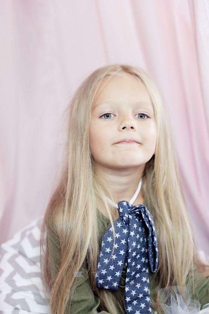 Kokarda na szyję dla dziewczynki Noemi