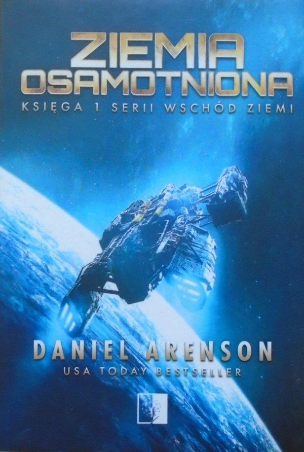 Daniel Arenson • Ziemia osamotniona