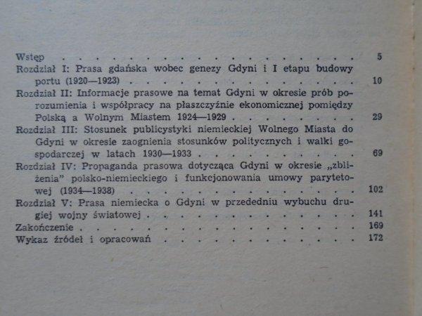 Maria Odyniec • Gdynia w prasie niemieckiej Wolnego Miasta Gdańska 1920-1939