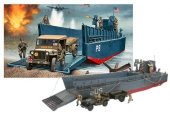 Revell 03000 LCM3 50FT. Landing Craft (1:35)