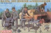 Dragon 6112 Sd.Kfz.250 Engine w/Mechanics (1:35)