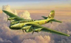 Zvezda 7264 Petlyakov Pe-8 Soviet Bomber 1/72