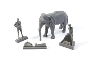 CMK F48345 WWII RAF Mechanic in India + Elephant with Mahout 1/48