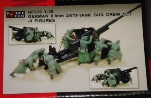 Hobby Fan HF576 German 8.8cm Anti-Tank Gun Crew Set 9 Figures 1/35