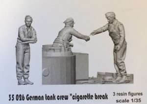 Glowel Miniatures 35026 German tank crew. Cigarette break 1/35