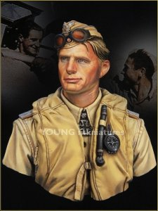 Young Miniatures YM1846 LUFTWAFFE PILOT North Africa WWII 1/10