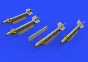 Eduard 672186 R-3S missiles w/ pylons for MiG-21 EDUARD 1/72