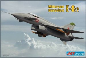 Art Model 7209 Mikoyan-Guriewicz E8/2 (1:72)