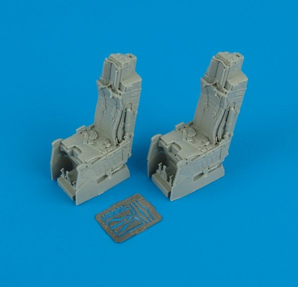Quickboost QB32031 F-15E ejection seats with safety belts Tamiya 1/32