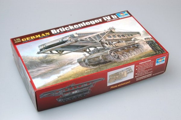 Trumpeter 00390 German Bruckenleger IV b (1:35)