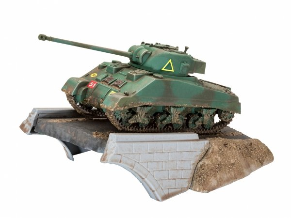 Revell 03299 Sherman Firefly - First Diorama Set 1/76