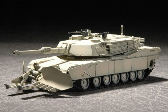 Trumpeter 07277 M1A1 with Mine Clearing Blade System (1:72)