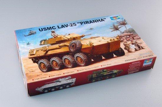 Trumpeter 00349 USMC LAV-25 Piranha (1:35)