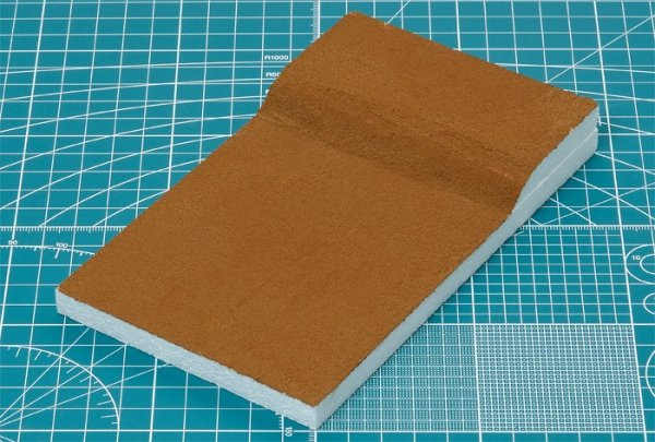 Tamiya 87117 Diorama Texture Paint (Grass Effect, Khaki)