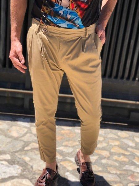 Pantaloni uomo, beige - Vita alta