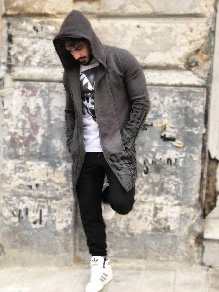 Felpone grigio, lungo con cappuccio