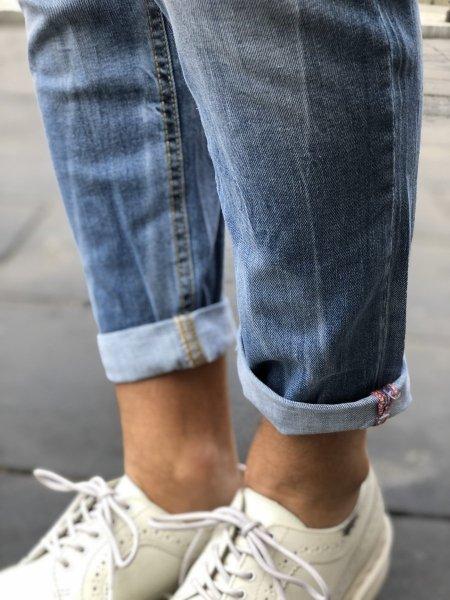 Jeans strappati uomo - Jeans chiaro - Negozio uomo - Gogolfun.it