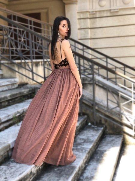 Elegancka długa sukienka - Na wesele