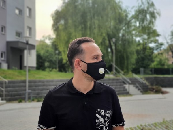 maska bawełniana czarna