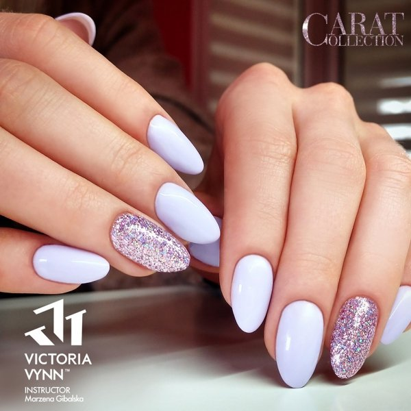 018 Milky Lilac - kremowy lakier hybrydowy Victoria Vynn PURE (8ml)