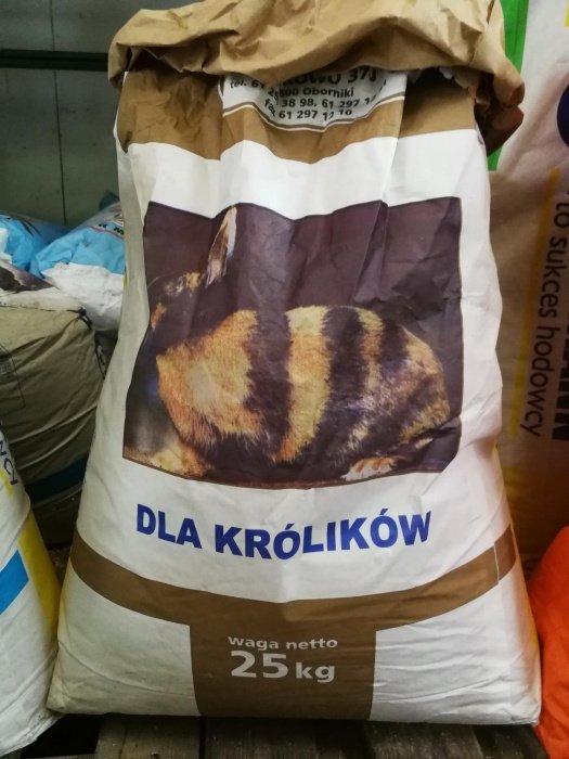Wysokogatunkowa mieszanka pasza dla królików 1kg