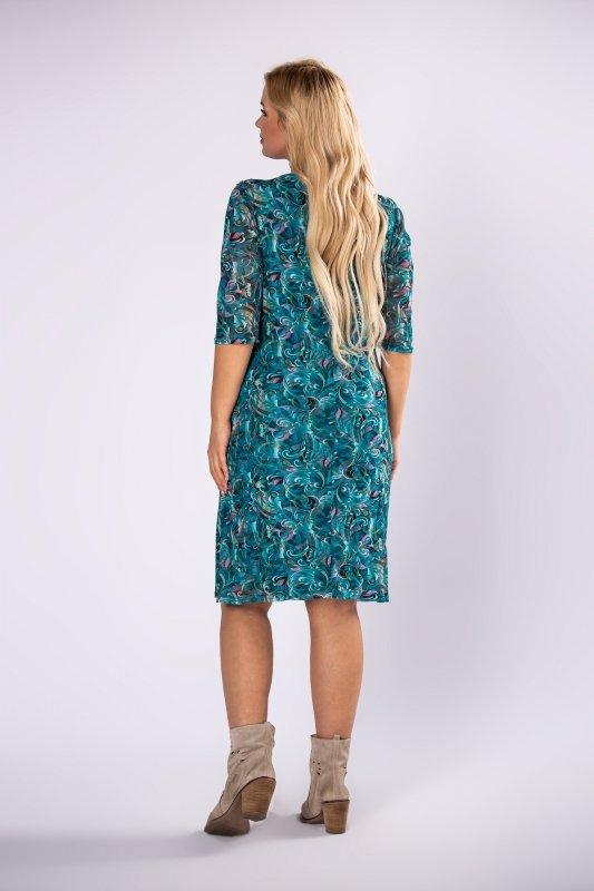 tiulowa sukienka z dekoltem w serek