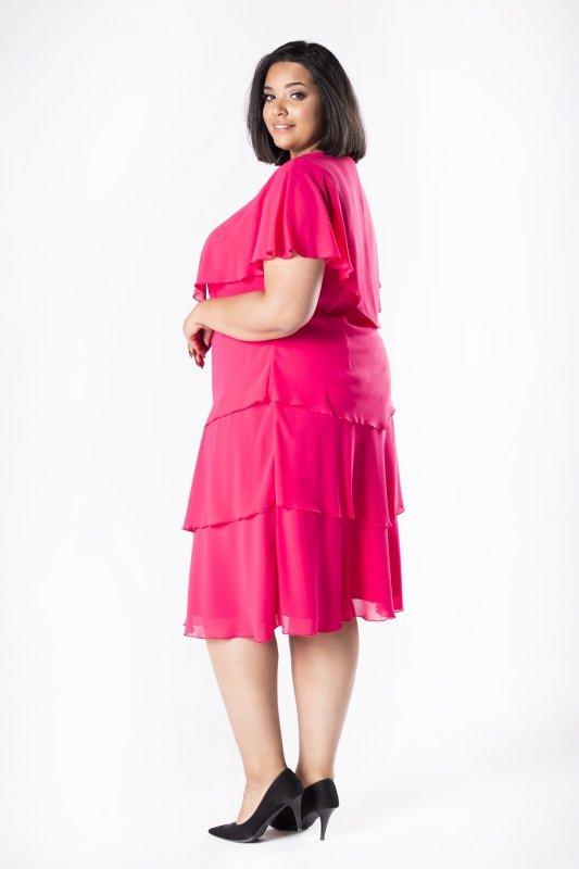 Tiulowa sukienka z asymetryczną narzutką