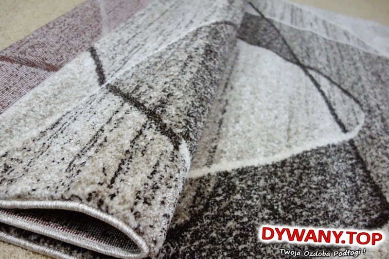 dywan abstrakcyjny