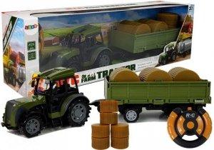 Zielony Traktor z Przyczepą Belami Siana Zdalnie Sterowany 2.4G