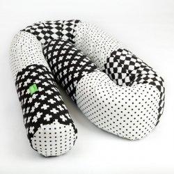 Lulando Wałek do łóżeczka -kropki czarne/romby czarno-białe/ plusy czarno-białe