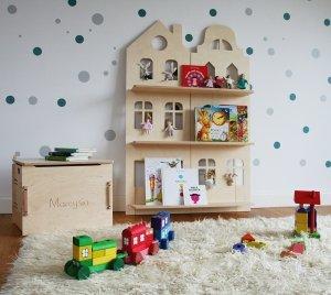 Dziecięca półka na książki